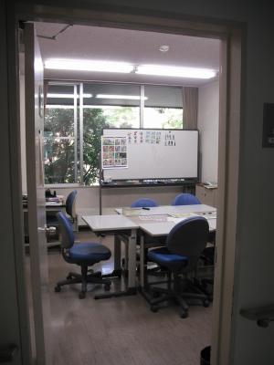 ロシア語クラスの教室