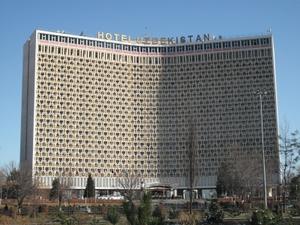 ウズベキスタンホテルの外観