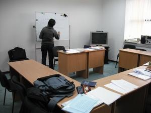 現地語学訓練の教室
