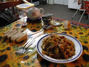 ウズベキスタンの家庭料理
