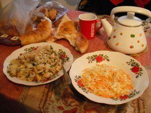 夕食の食卓