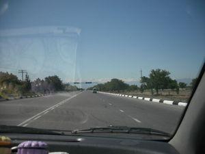 フェルガナ市内の車窓
