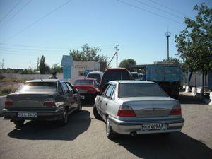 ガソリンスタンドの渋滞