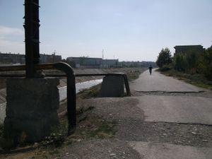 運河の土手