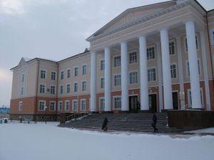 雪景色の大学