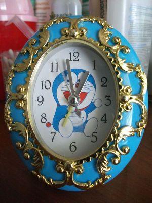 ドラえもんの置き時計