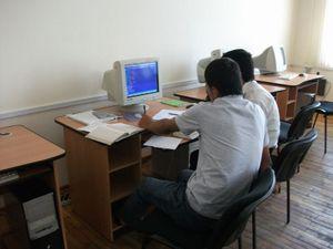 実習中の学生