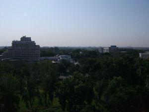 首都タシュケントの町並み