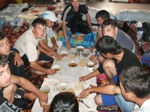 ウズベキスタンの厳しい労働環境