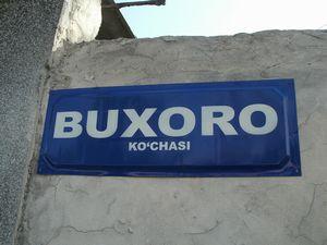 BUXORO KO`CHASI
